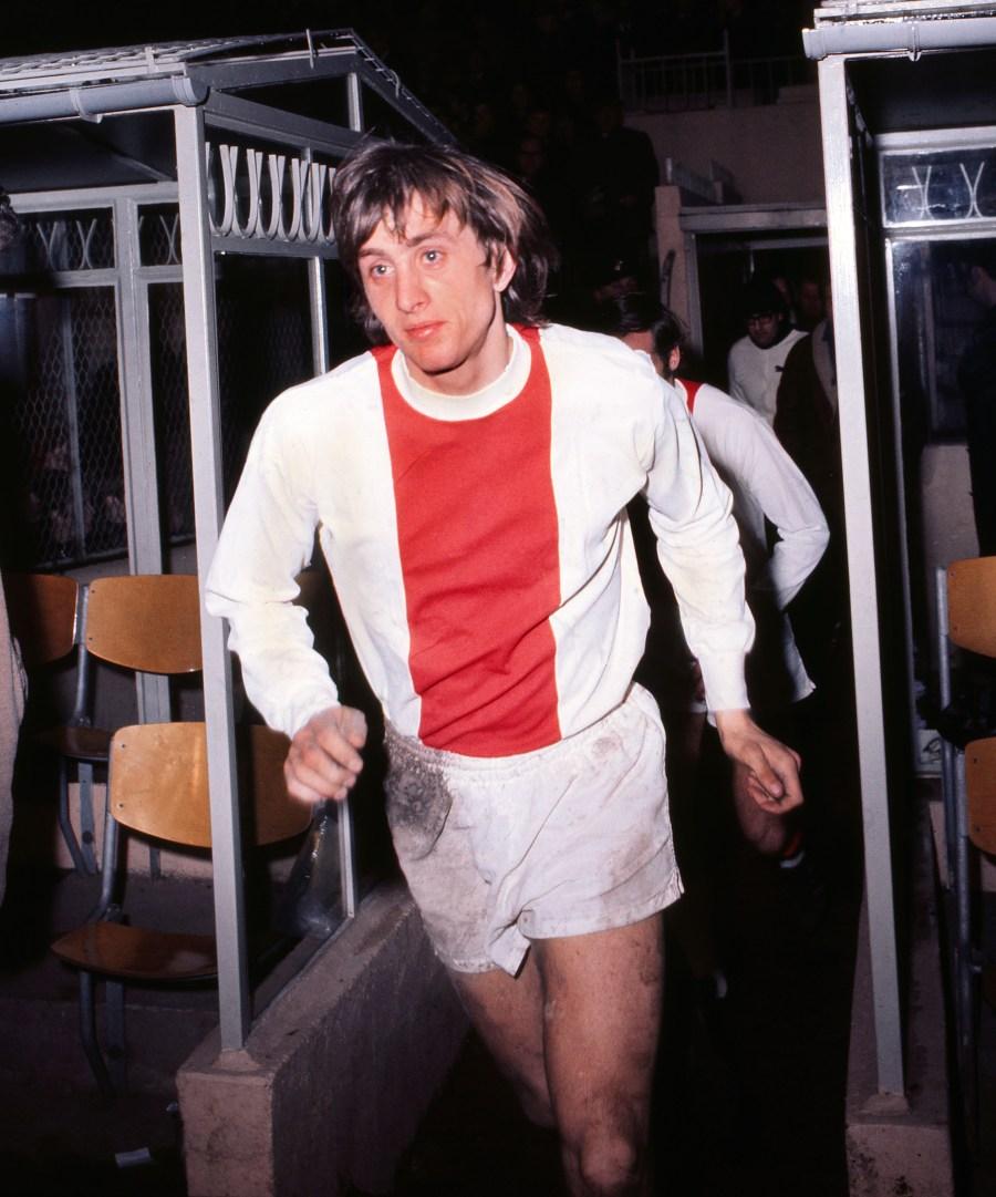 Football - 1969 / 1970 Inter-Cities Fairs Cup - Semi-Final, First Leg: Arsenal 3 Ajax 0 (8/04/1970) Ajax's Johan Cruyff at Highbury.