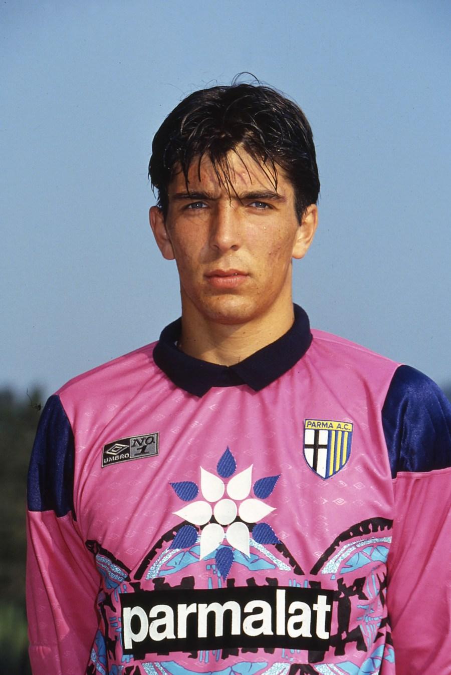 foto IPP/alberto sabattini parma calcio campionato serie a 1994-1995 nella foto gianluigi buffon portiere parma