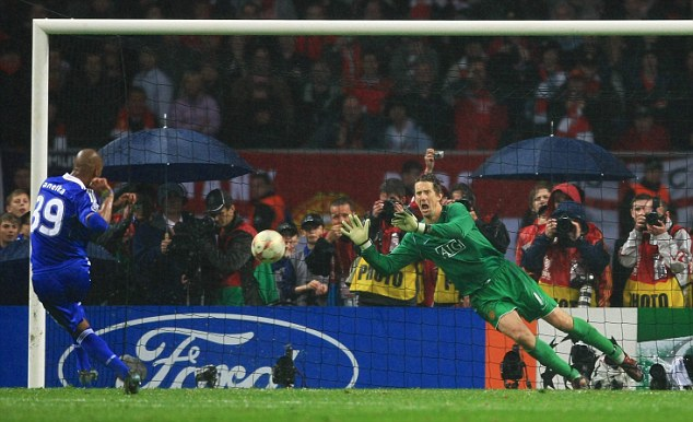 MOSCOW - MAY 21: Edwin Van der Sar of Manchester United saves the penalty attempt from Ncolas Anelka of Chelsea to win during the UEFA Champions League Final match between Manchester United and Chelsea at the Luzhniki Stadium on May 21, 2008 in Moscow, Russia. (Photo by Jamie McDonald/Getty Images)