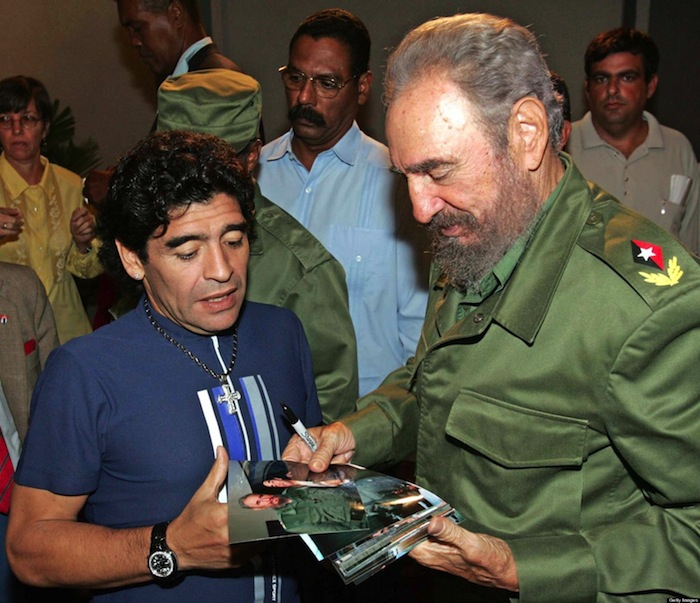 "Argentinian ex soccer star Diego Armando Maradona (L) talks to Cuban President Fidel Castro, before recording Maradona's TV program ""The 10's Night"" in Havana 27 October 2005. Maradona is in Cuba to record this special interview with Castro, in preparation to his weekly program broadcasted in Buenos Aires.      AFP PHOTO / Ismael Francisco Gonzalez - AIN (Photo credit should read ISMAEL FRANCISCO GONZALEZ/AFP/Getty Images)"