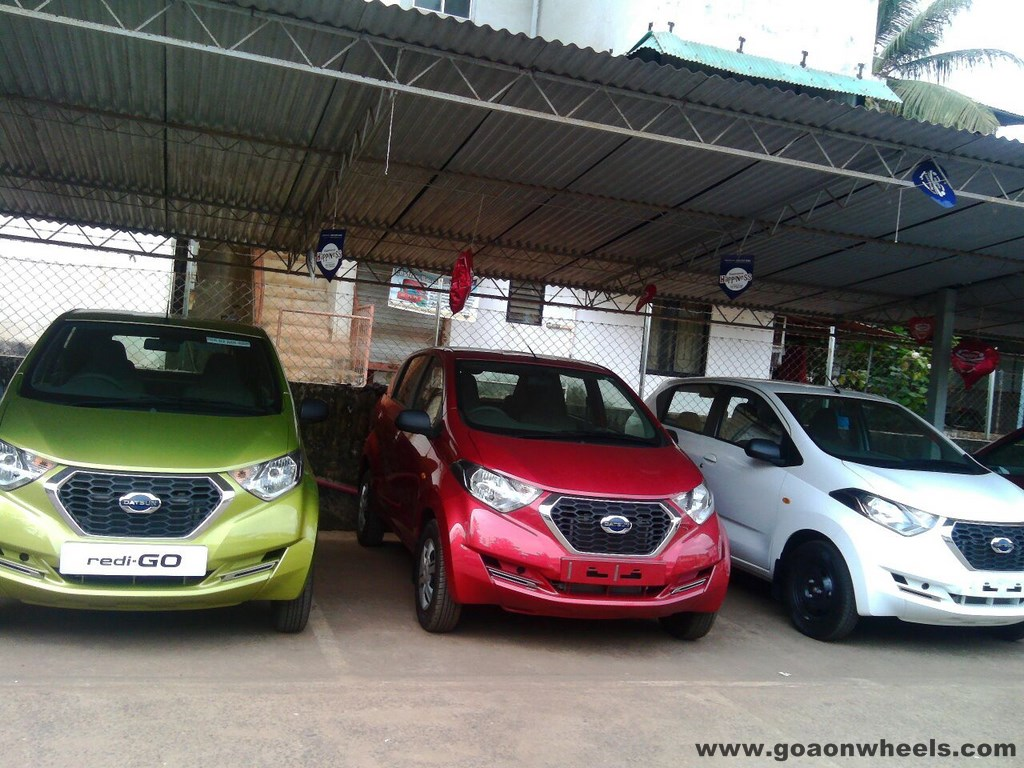 Datsun Redi - Go on display at Goa showroom ahead of launch
