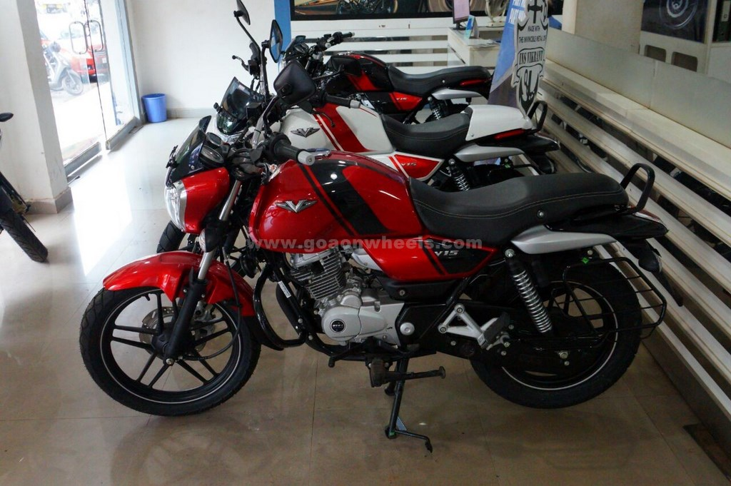 1 lakh Bajaj V motorcycles sold in 4 months