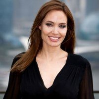 It's Angelina Jolie's 40' Birthday Today!