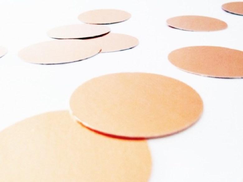 Kupferkonfetti, Selbermachen, Wanddeko, Diy, Upcycling, Idee, Basteln, Recycling, Kupferfolie, Ausgestanzt