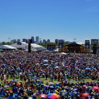 jazz-fest-crowd