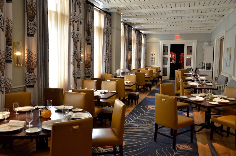 restaurant revolution dining room