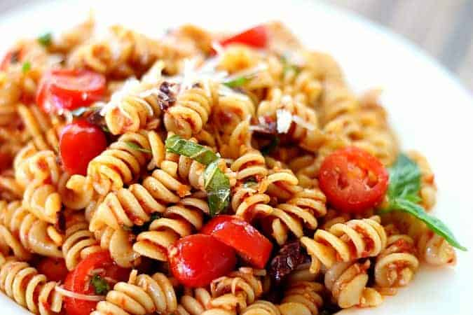 Pasta Salad with Sun-Dried Tomatoes, Basil and Parmesan - Good Dinner ...