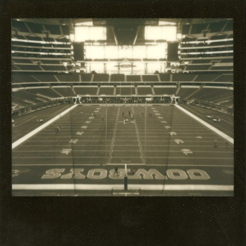 Photo: Synthia Goode - Spectra SE - Impossible Project Old Gen Black Frame -