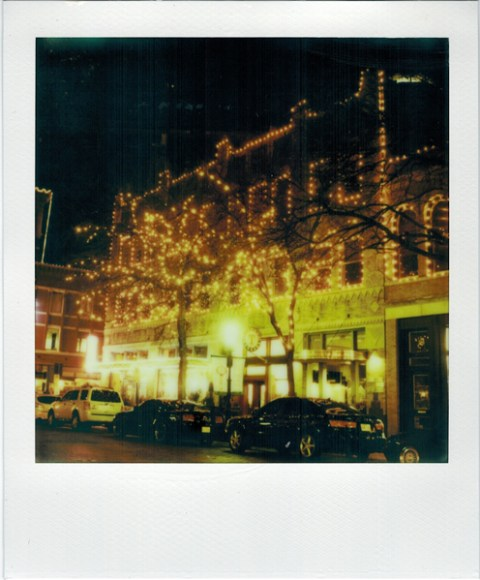 Photo: Christian Oliviera - Polaroid Alpha SX-70 - Impossible Project PX-680 CP + ND