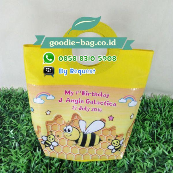 tas ultah lebah bee animal spunbond kuning murah jakarta depok tangerang