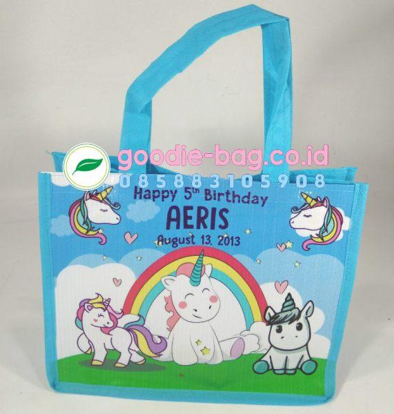 tas ulang tahun unicorn