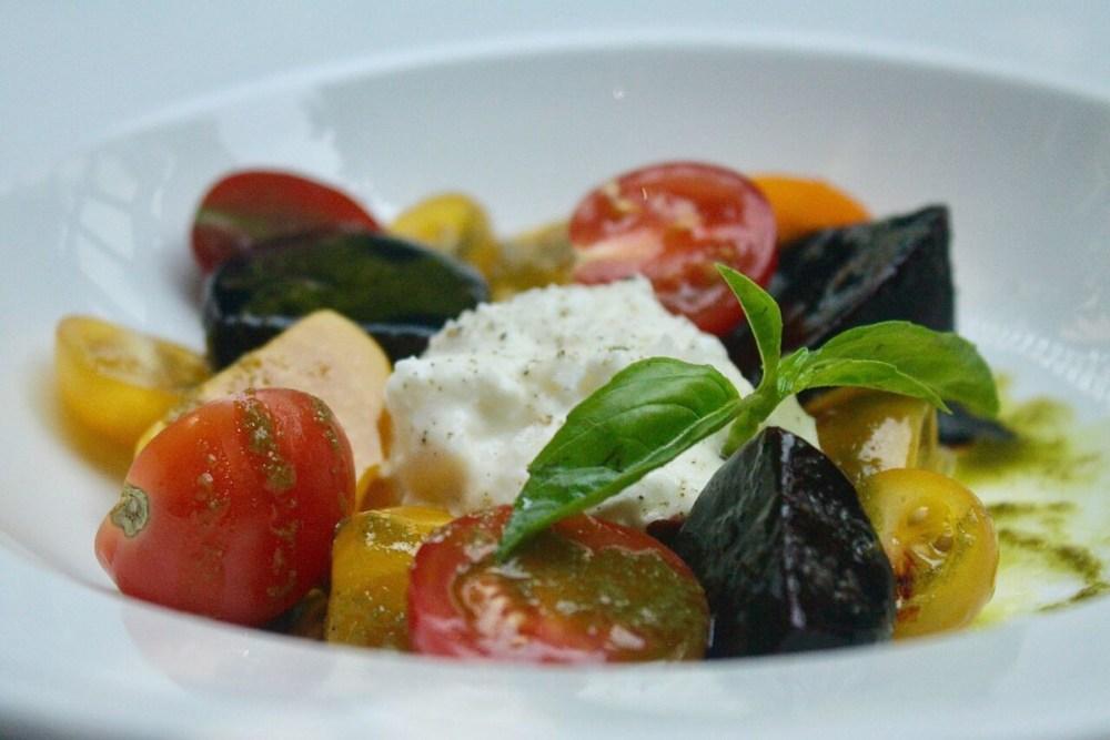 tomato beet burrata salad