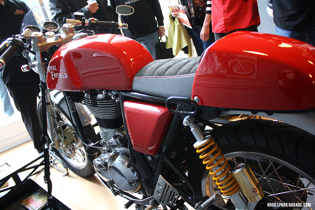 royalenfield_continentalGT_detail