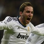 Arsenal step-up chase for Gonzalo Higuain