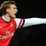'Mertesacker is tactically one of the best', claims Wenger