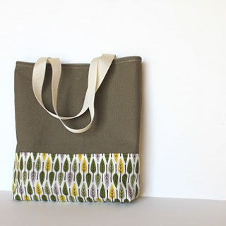 Featured: Easy Tote Bag Tutorial