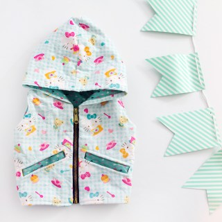 Learn how to quilt fabric with this fun tutorial by See Kate Sew (includes a free children's hooded vest pattern). - Sewtorial