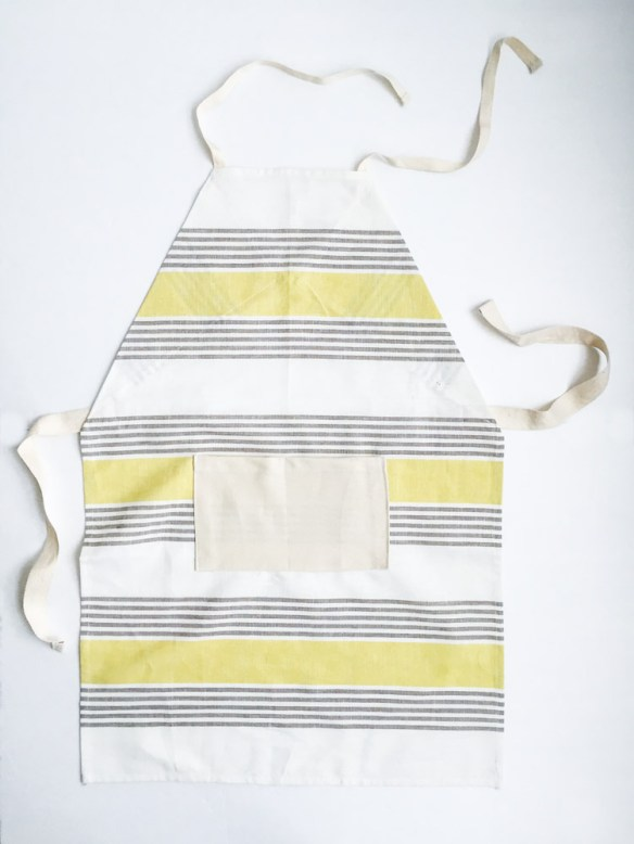 Give your little one their own special apron using this DIY kids dish towel apron tutorial by One Little Minute. -Sewtorial