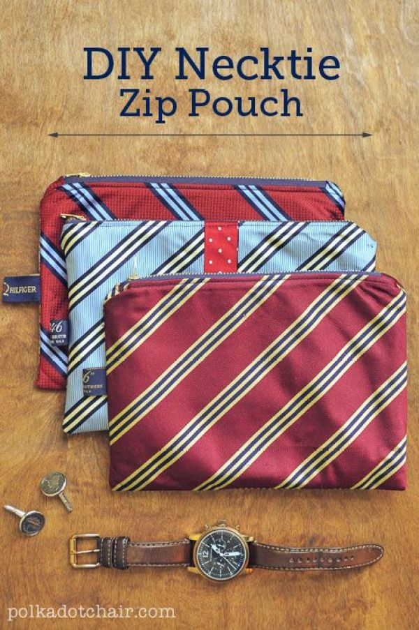 Stuck on ideas for a handmade gift for Father's Day? The Polka Dot Chair shares a fitting gift for that special dad with this necktie zip pouch. -Sewtorial