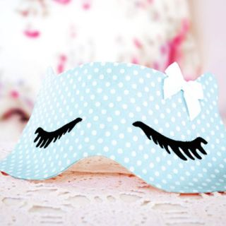 Add a little whimsy to your nighttime routine with this fun sleep mask by Wolf and Willow. -Sewtorial