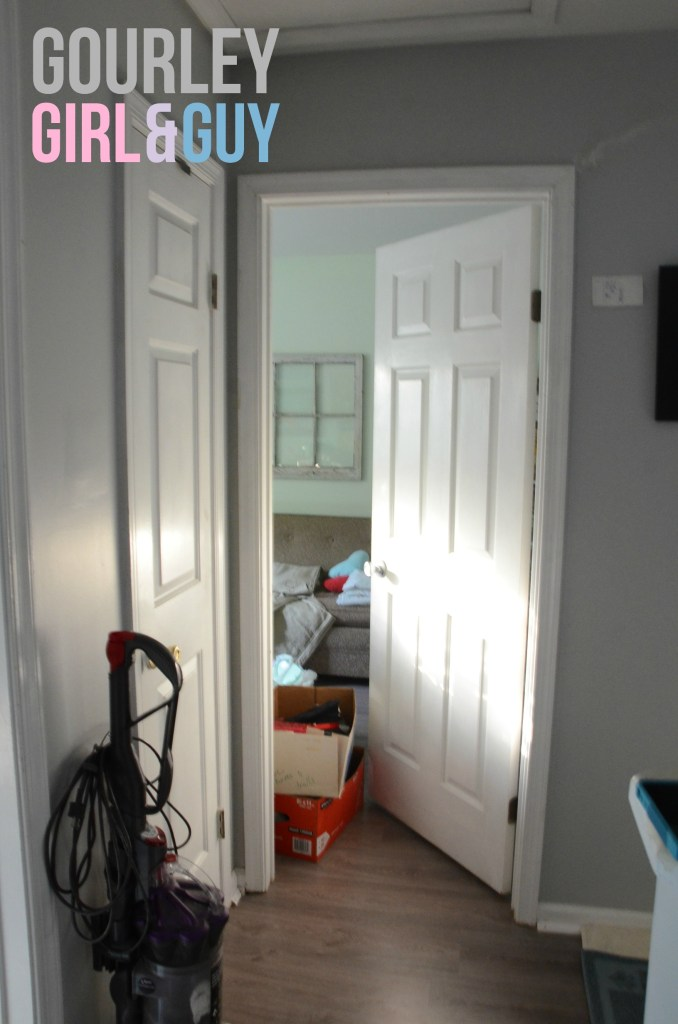 guest-room-door-white