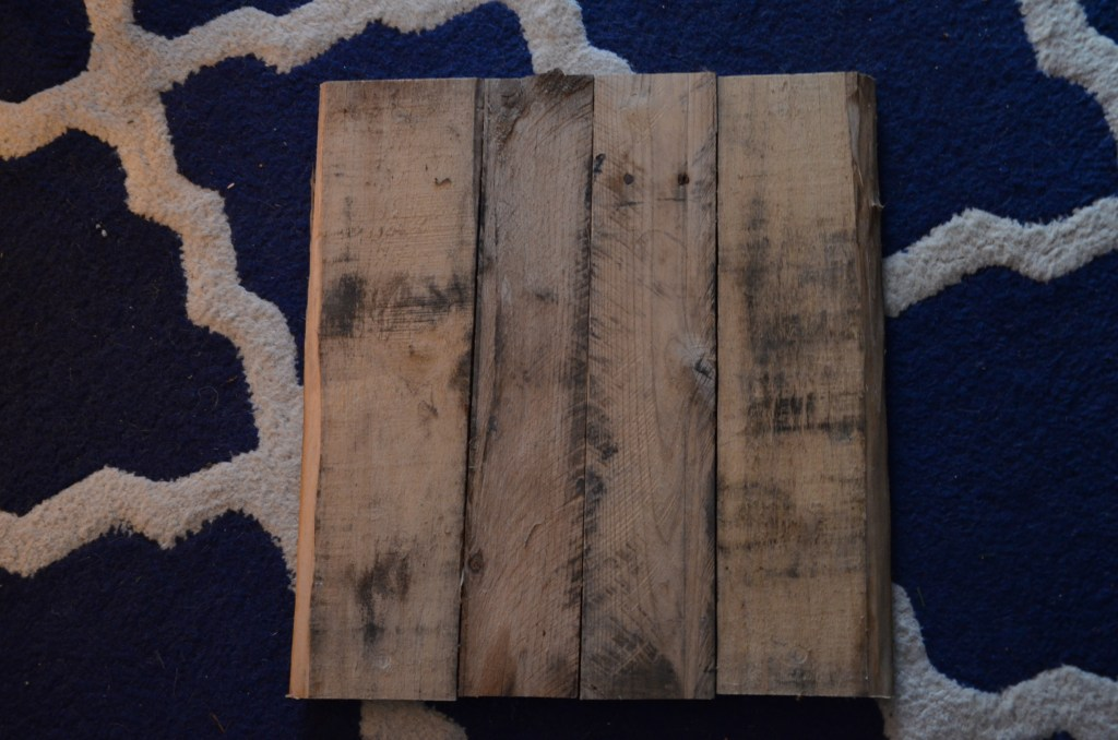 pallet-boards-on-backboard