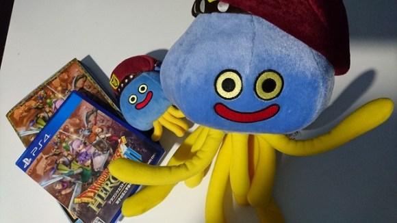 『ドラクエヒーローズ』シリーズのマスコットキャラクター・ホミロンのグッズをかわいさ余ってBUYしてしまいました。