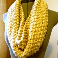 """""""Knifty"""" Knit Cowl"""