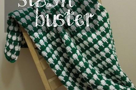 Yarn Stash Buster: Baby Houndstooth Blanket www.graceelizabeths.com