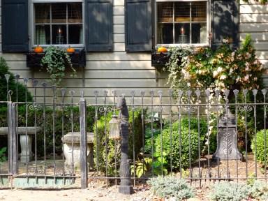 Pumpkin Flower Boxes www.GraceElizabeths.com