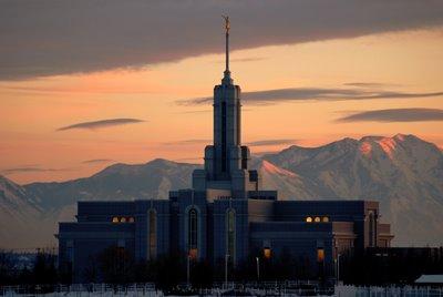 Inside a Mormon Temple Wedding (2/3)