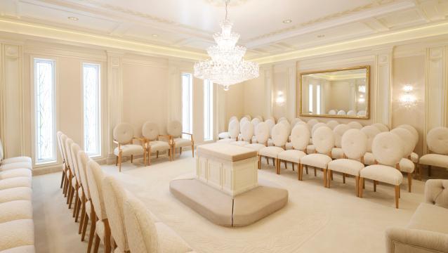 Inside a Mormon Temple Wedding (3/3)
