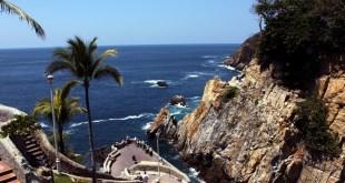 La_Quebrada_-_Acapulco,_Mexico