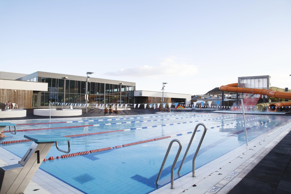Every swimming pool in the greater reykjav k area rated the reykjavik grapevine - Swimming pool area ...