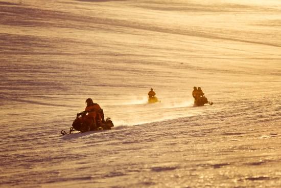 19_snowmobiling