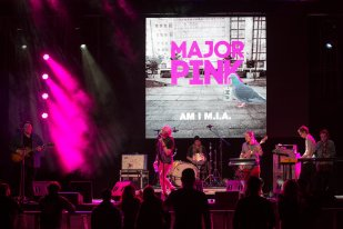 Major Pink at Harpa