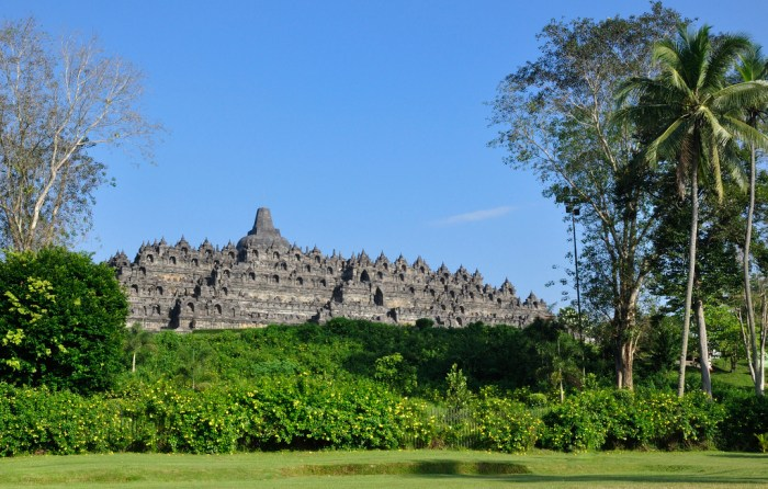 Borobudur (photo by Johan Wieland on Flickr)