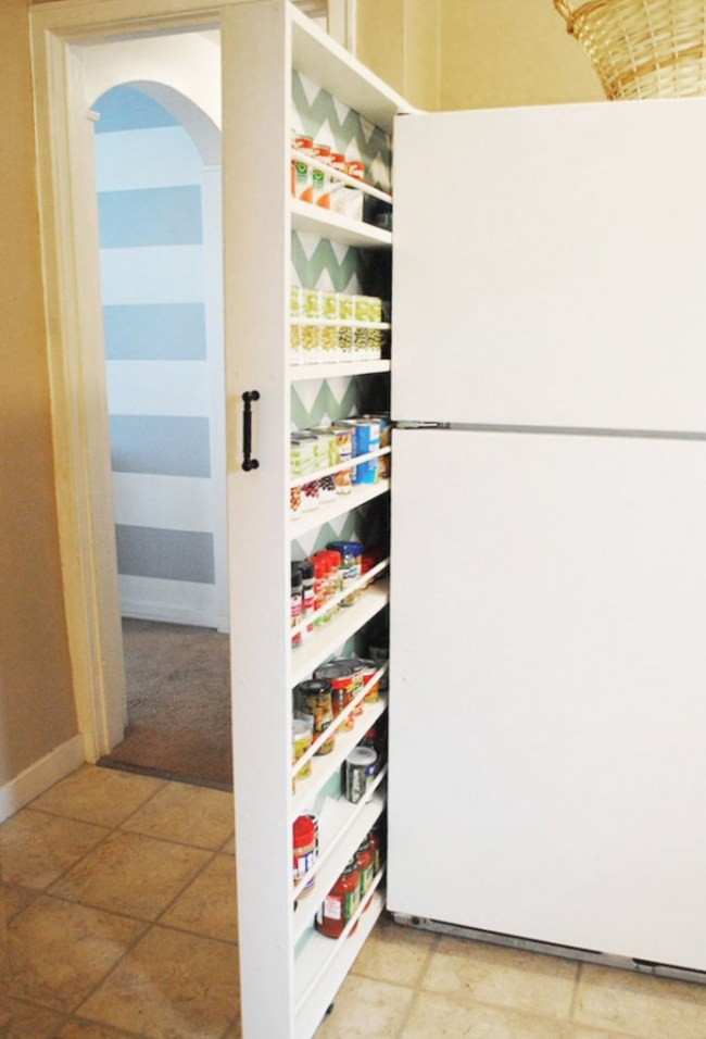 small-spaces-shelves-kitchen