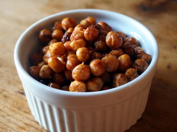 Crunchy Cinnamon Honey Roasted Chickpeas