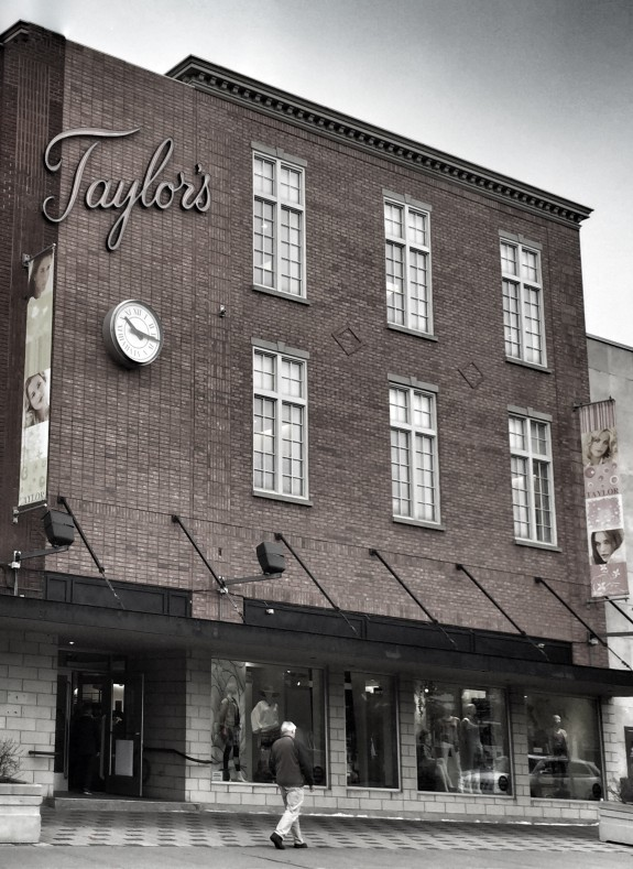 Taylor's department store - Saint Lambert