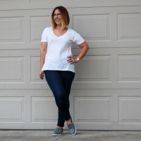 Review | Alternative Apparel Organic Cotton V-Neck Tee