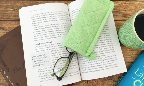 DIY Potholder Eye Glass Case