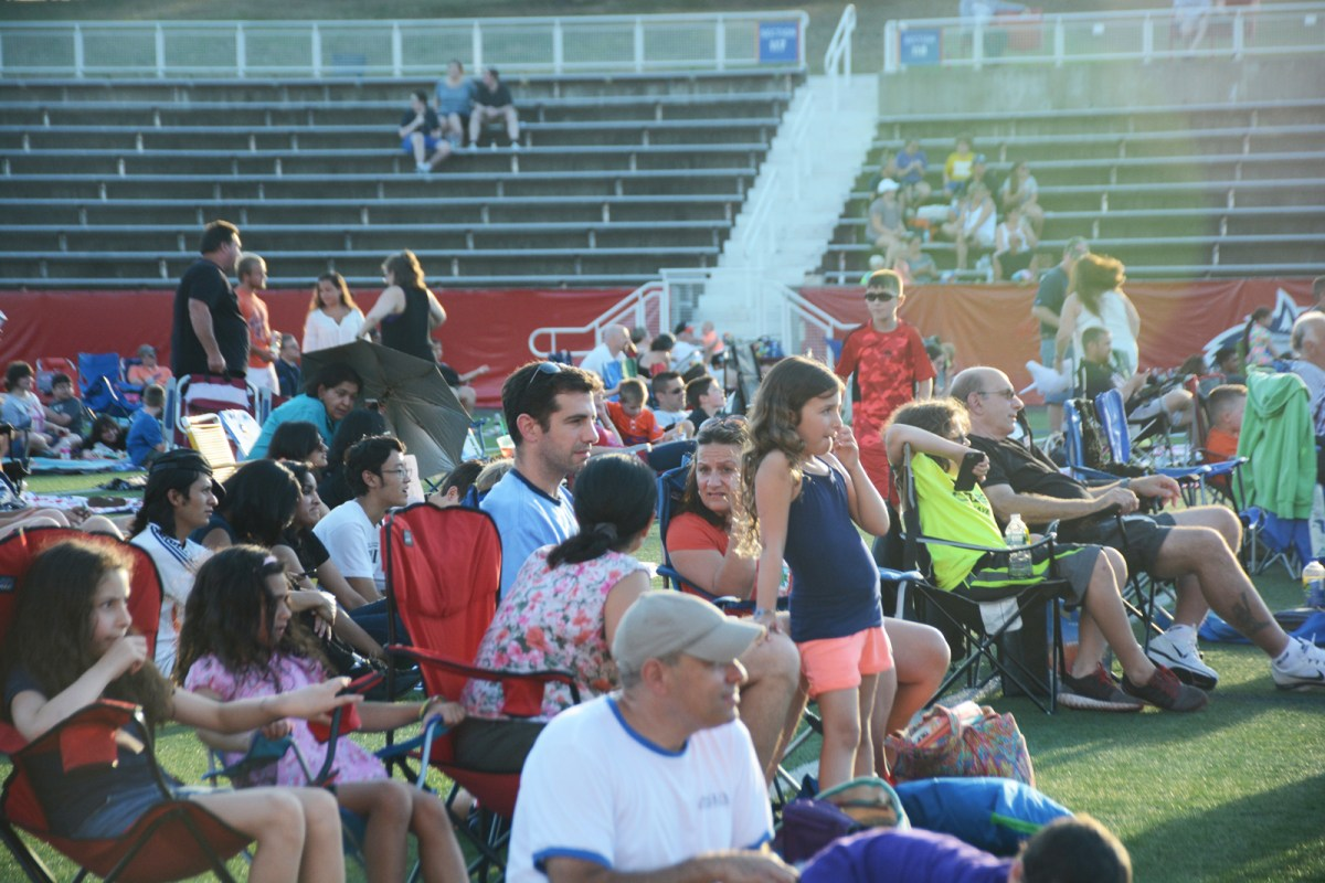 On Tuesday, July 26, Stony Brook Athletics hosted a family movie night at Kenneth P. LaValle stadium. Photo by Alexa Pendleton