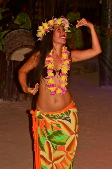 A gorgeous Hula dancer at Moorea's Tiki Village Theatre, Tahiti