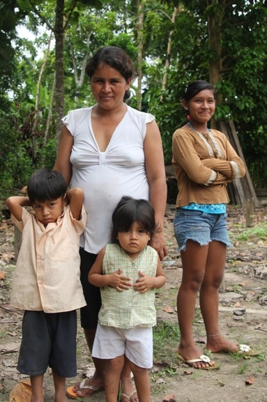 Ribereños Family in the Peruvian Amazon
