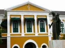 colonial_building