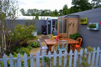 Irish Country Living at Bloom Garden