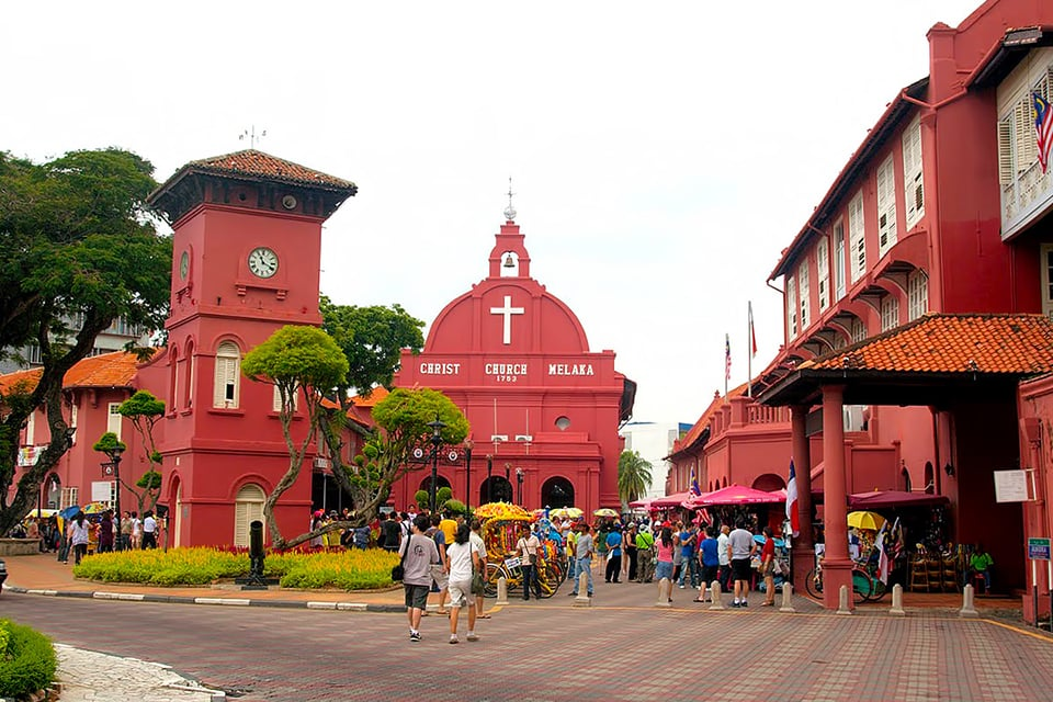 Experiencing Historical Travel in Melaka , Malaysia