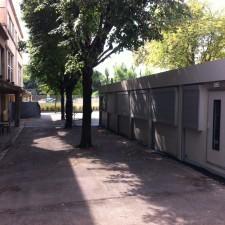 A Jean Macé une génération d'élèves fait sa scolarité dans des préfabriqués avec une cour réduite: 520 logements ont été construits sans école!