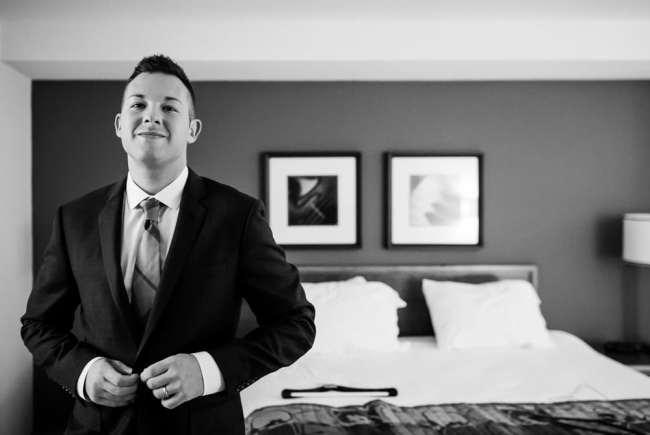 gershon-fox-ballroom-wedding-photos-same-sex-wedding-love-photos-hartford--ct-photography-dan-chris-greyhousestudios-featured-015